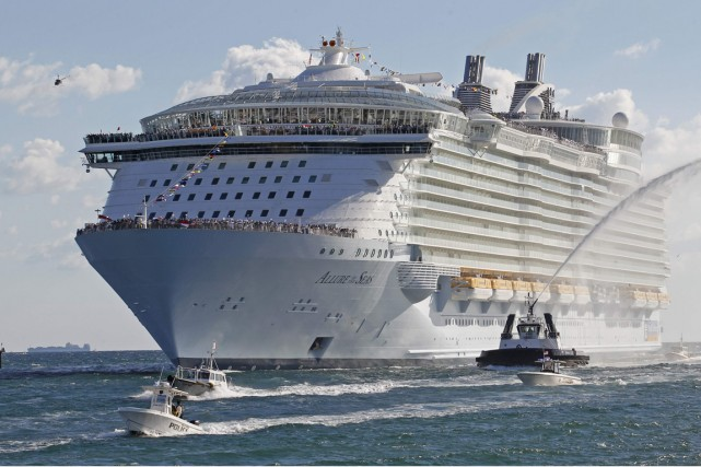 L'Allure of the Seas.... (Photo Archives Reuters)