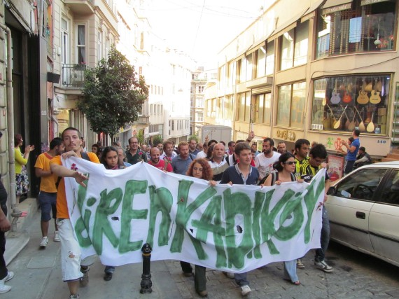 Les manifestations sur la place Taksim à Istanbul... (La Nouvelle, Jonathan Custeau)