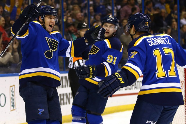 Le trio des Blues composé de Jori Lehtera,... (Photo Billy Hurst, USA Today Sports)