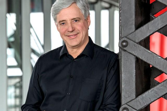 Charles Tisseyre ne regrette pas d'avoir haussé le... (Photo ICI Radio-Canada Télé)
