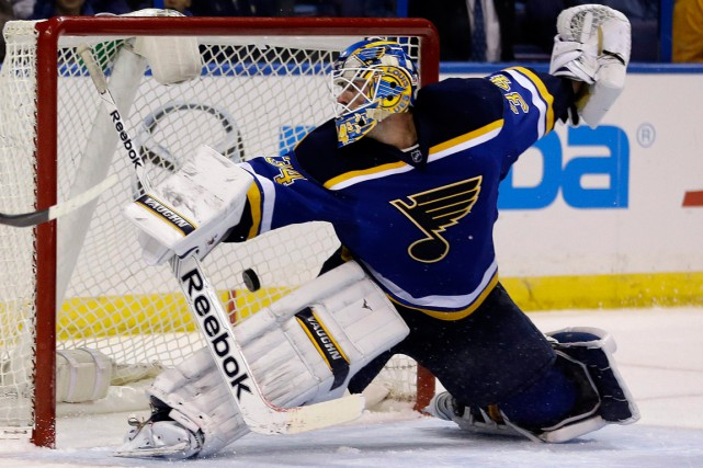 Le gardien des Blues Jake Allen a grandi... (Photo Jeff Roberson, AP)