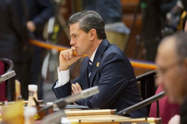 Le président mexicain Enrique Peña Nieto vit actuellement... (Archives Agence France-Presse)