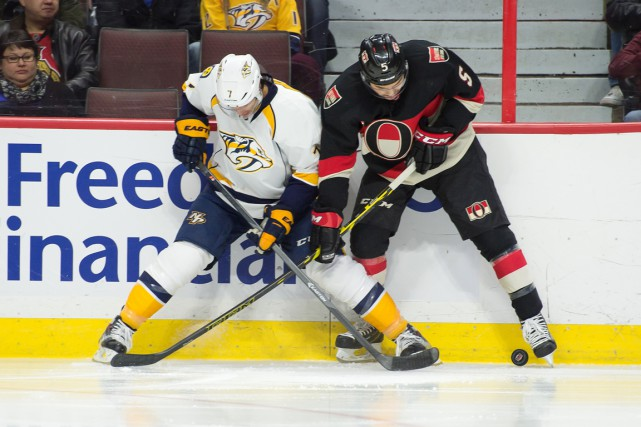 Robin Lehner a bloqué 33 rondelles pour aider les Sénateurs d'Ottawa à... (Photo USA Today Sports)