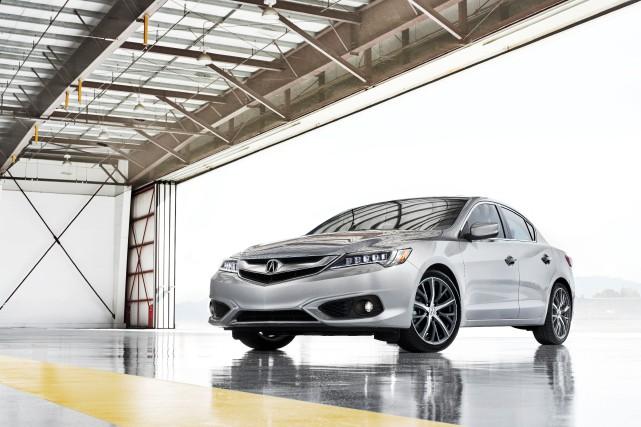La Acura ILX 2016... (Photo fournie par Acura)