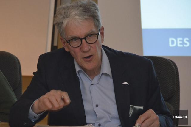 Michel Lafrance a communiqué la décision du c.a.... (photo archives La Voix de l'Est)
