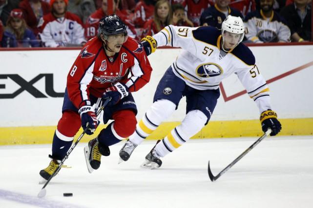 Les Sabres de Buffalo ont défait les Capitals... (Photo Alex Brandon, AP)