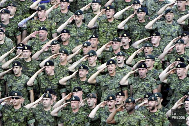 L'ombudsman des militaires canadiens s'inquiète d'un mécanisme prévu dans le... (PHOTO BERNARD BRAULT, ARCHIVES LA PRESSE)