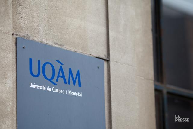 L'UQAM a fait les manchettes alors que des étudiantes avaient placardé... (Archives La Presse)