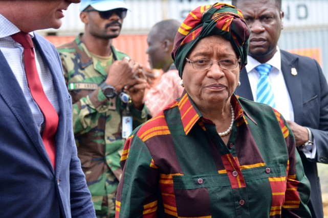 La présidente du Liberia Ellen Johnson Sirleaf... (PHOTO ZOOM DOSSO, AFP)