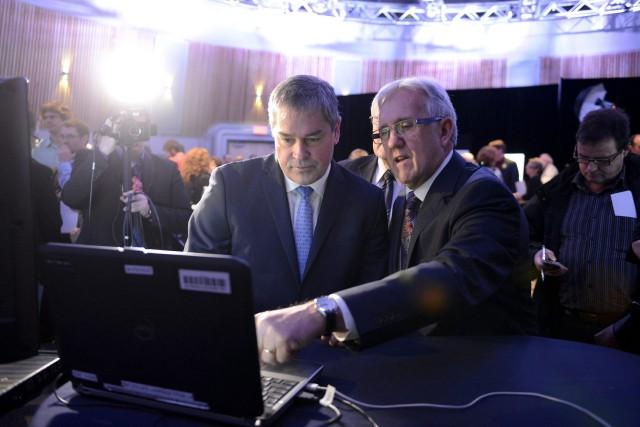 Le ministre Yves Bolduc a bénéficié des explications... ((Photo Jeannot Lévesque))