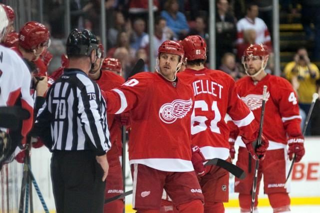 Stephen Weiss a signé deux buts pour aider les Red Wings de Detroit à... (Photo: Reuters)