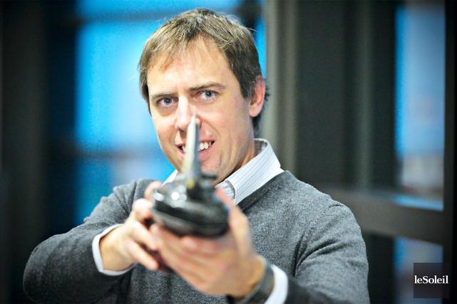 Comme entraîneur, Éric Bédard a traîné son baluchon... (Photo Le Soleil, Pascal Ratthé)