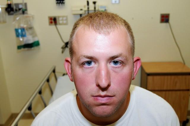 Darren Wilson lors d'un examen médical qui s'est... (PHOTO AP)