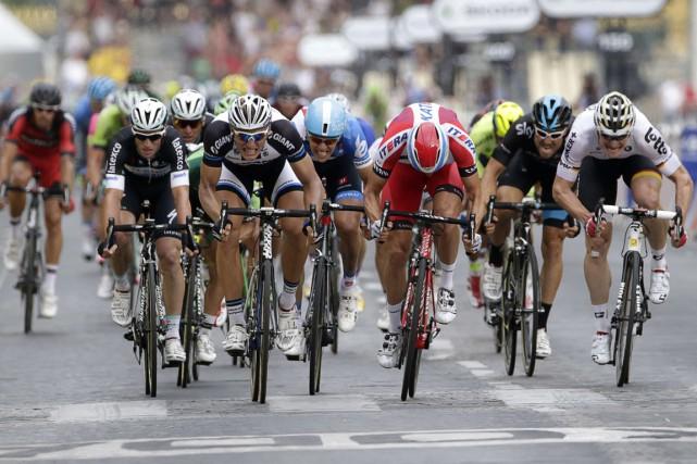 Le Tour de France 2016 effectuera un retour aux sources pour son grand départ,... (Photo Kenzo Tribouillard, archives AFP)