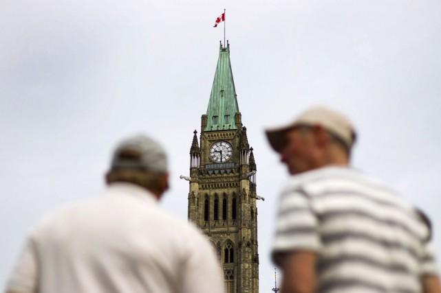 L'OCDE prédit que l'économie canadienne progressera de 2,4%... (PHOTO ARCHIVES BLOOMBERG)