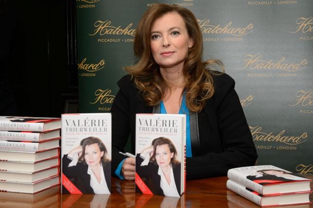 Valérie Trierweiler en tournée promotionnelle au Royaume-Uni.... (Photo: archives AFP)