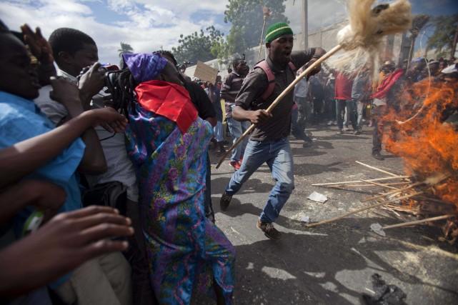 Des manifestants ont organisé une manifestation vaudou mardi,... (Photo Dieu Nalio Chery, AP)