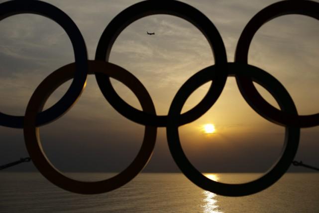 Cinquante ans plus tard, le Comité international olympique a finalement réglé... (Archives AP)
