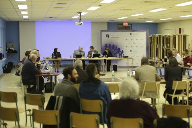 Le conseil des commissaires a déposé le rapport... (Photo Catherine Trudeau)