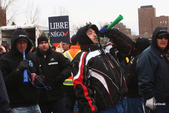C'est jour de «Grand Dérangement» un peu partout au Québec, comme à Gatineau,... (Étienne Ranger, LeDroit)