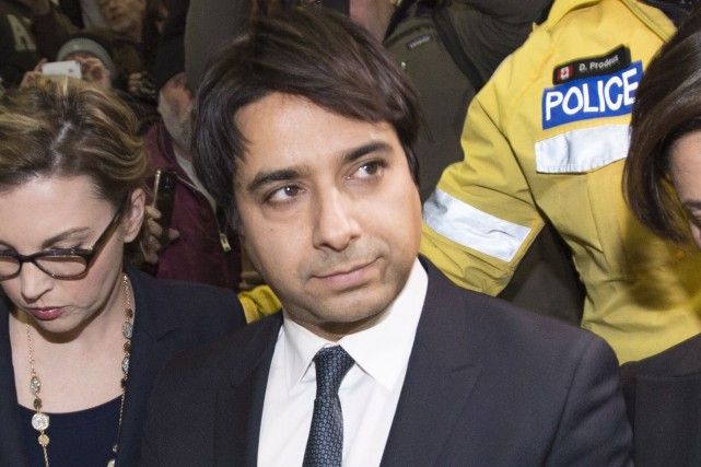 Jian Ghomeshi  à sa sortie de cour mercredi... (PHOTO ARCHIVES LA PRESSE CANADIENNE)