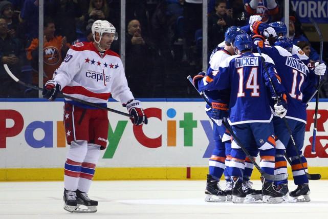 John Tavares a trouvé le fond du filet lors d'une supériorité numérique tard... (Photo USA Today Sports)
