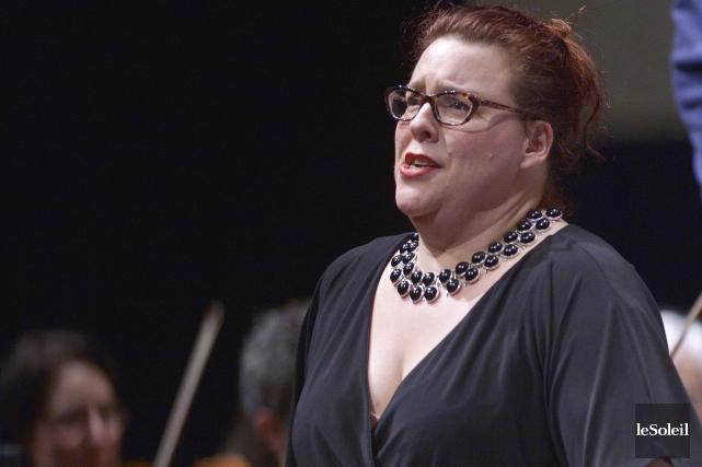 L'orchestre symphonique, le choeur et Marie-Nicole Lemieux ont... (Le Soleil, Jean-Marie Villeneuve)