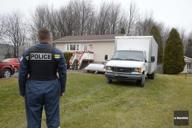 La Sécurité publique de Trois-Rivières a démantelé mercredi une serre de... (Photo: Sylvain Mayer, Le Nouvelliste)