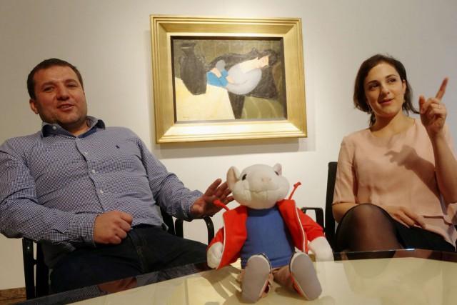 Gergely Barki, un expert travaillant pour le Musée... (Photo: AFP)
