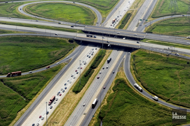 À l'époque de la construction de l'autoroute 20,... (PHOTO ARCHIVES LA PRESSE)