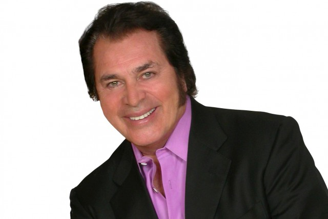 Le légendaire chanteur de charme Engelbert Humperdinck... (Archives La Presse Canadienne)