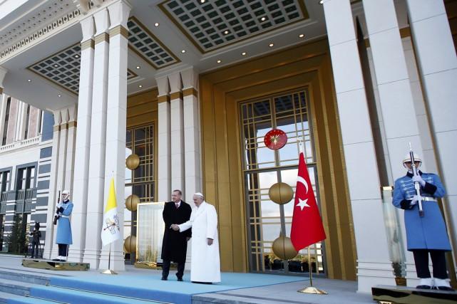 Très fièrement que le président turc a fait... (PHOTO TONY GENTILE, REUTERS)