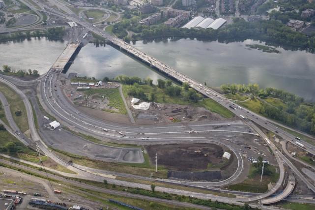 L'autoroute 15 sera partiellement fermée cette fin de semaine à Montréal. La... (Photo archives La Presse)