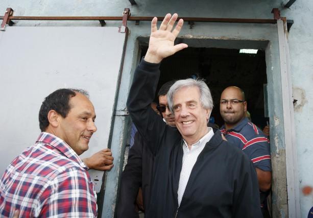 Le candidat de gauche, Tabaré Vasquez, est le... (Photo ANDRES STAPFF, Reuters)
