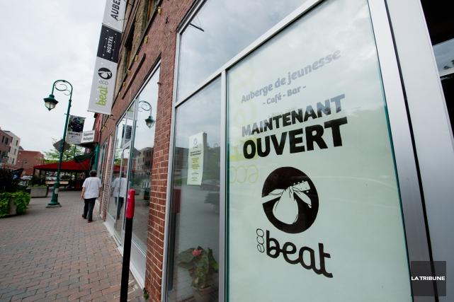 Les choses reprennent pour l'auberge de jeunesse Ecobeat. Celle-ci inaugurera... (Archives La Tribune, Jessica Garneau)