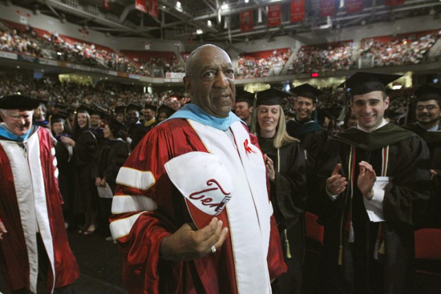 Bill Cosby lors d'un évènement à l'université Templeen... (Archives AP)