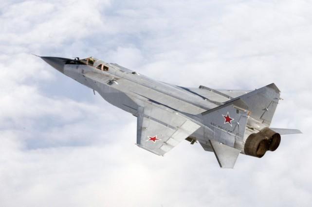 Un MIG-31 russe lors d'un exercice militaire.... (PHOTO REUTERS)