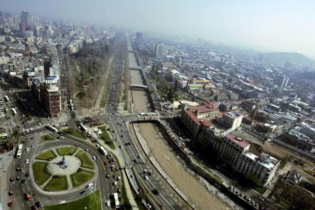 Santiago, au Chili... (Photo Archives Reuters)