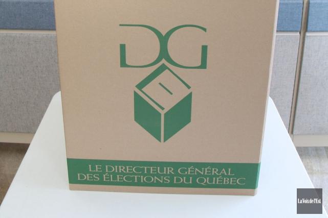 Le Directeur général des élections du Québec a enregistré 55 autres plaidoyers... (PHOTO JANICK MAROIS, ARCHIVES LA VOIX DE L'EST)