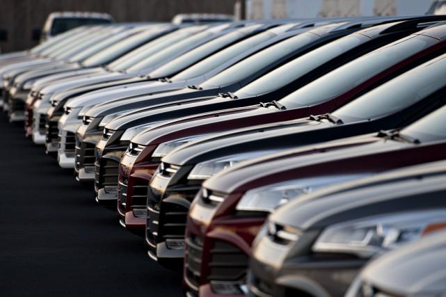 Les ventes de véhicules légers au Canada se... (Photo archives Bloomberg)