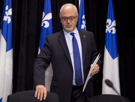 Ce n'est pas l'obsession d'éliminer rapidement le déficit... (Photo Jacques Boissinot, La Presse Canadienne)