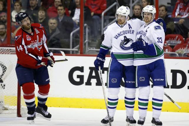 Daniel Sedin a signé deux buts en avantage numérique pour aider les Canucks de... (Photo: AP)