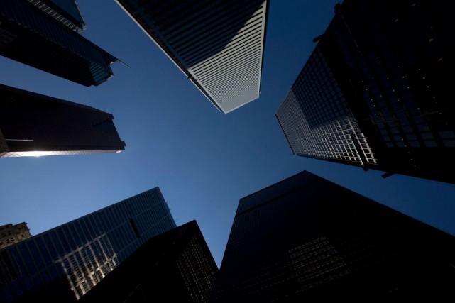 Les banques canadiennes effectuent un sérieux examen de leurs prêts au secteur... (PHOTO BRENT LEWIN, ARCHIVES BLOOMBERG)