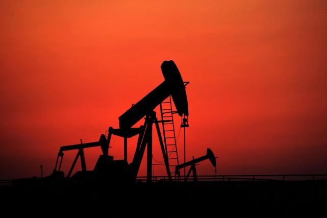 Selon Paul Stevens, analyste du secteur énergétique à... (PHOTO HASAN JAMALI, ARCHIVES PC/AP)