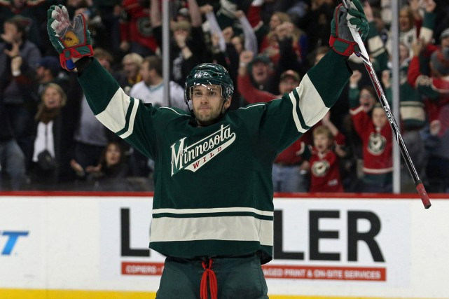 Après avoir fait la navette entre le Minnesota... (Photo Brace Hemmelgarn, USA Today Sports)