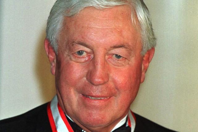 Jean Béliveau a été nomméCompagnon de l'Ordre du... (Photo Jim Young, archives Reuters)
