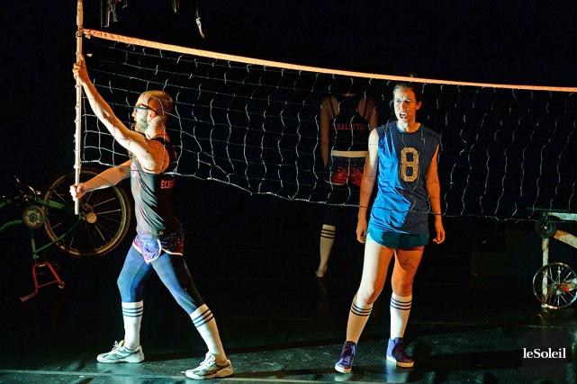 Numéro 8, un match de volleyball bâti avec... (Le Soleil, Patrice Laroche)