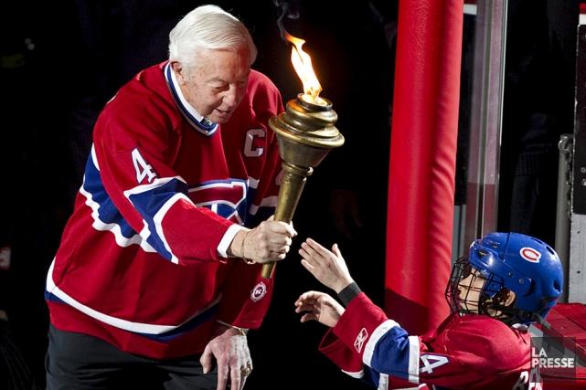La Ville de Trois-Rivières va honorer Jean Béliveau.... (Photo: La Presse)