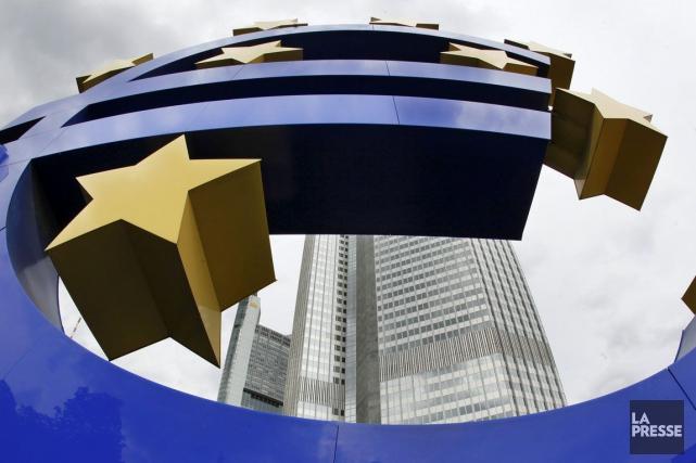 La zone euro a enregistré des nouvelles encourageantes mardi, avec à la fois... (PHOTO ARCHIVES AP)