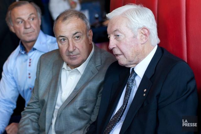 Anciens coéquipiers, Guy Lapointe et Jean Béliveau avaient... (Photo Edouard Plante-Fréchette, archives La Presse)